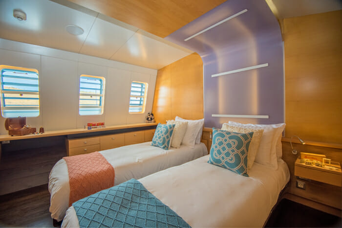 Yacht Bella Vita Twin Convertible stateroom