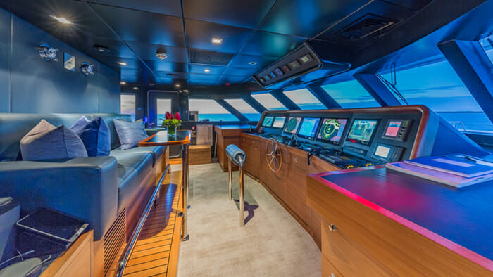 Yacht Big Sky Pilothouse