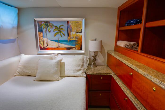 Yacht Bonaparte Guest Cabin 2