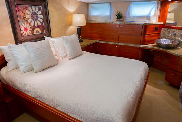 Yacht Bonaparte Master Cabin