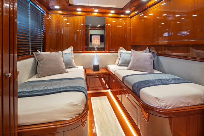 Yacht Divine Twin stateroom 2