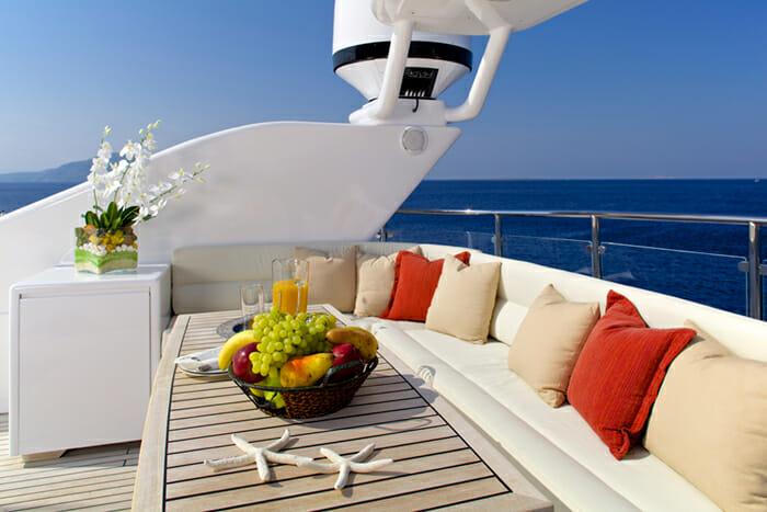Yacht Lady Ellen Sundeck Seating