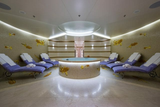 Yacht Miri wellness spa