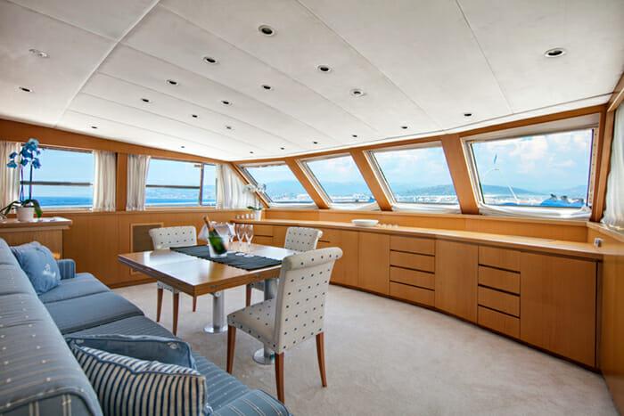 Yacht Nauta Dining area
