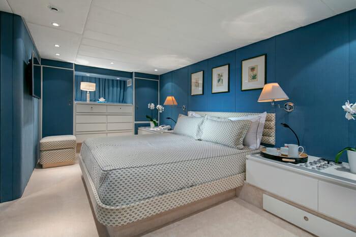 Yacht Nauta VIP cabin