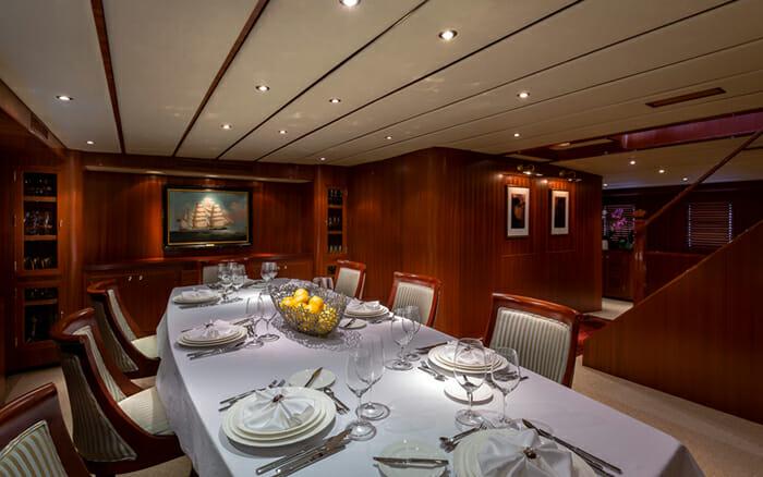 Yacht Northern Sun Dining