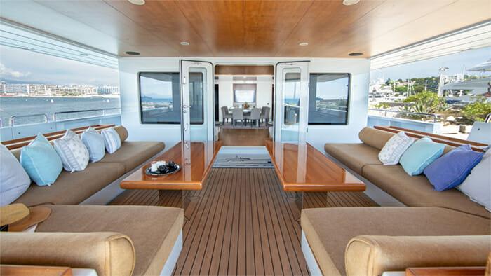 Yacht Preference 19 Aft Deck