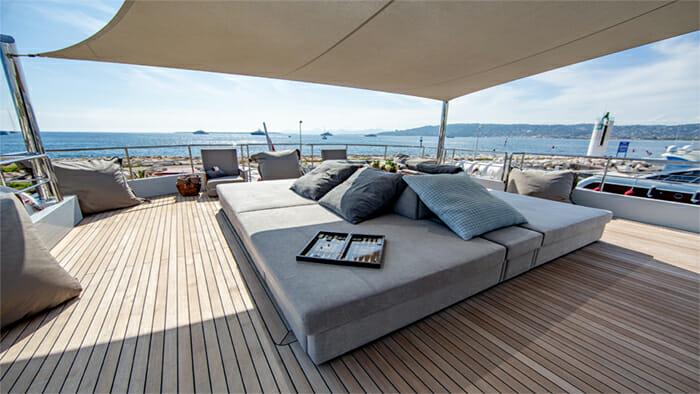 Yacht Preference 19 Sundeck Lounge Area