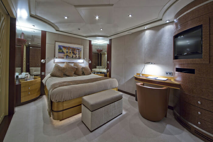 Yacht Sarah Guest double stateroom