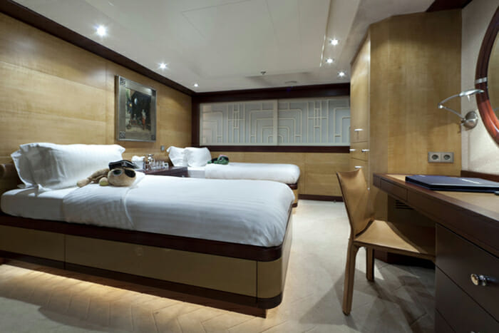 Yacht Sarah Guest twin stateroom