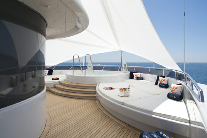 Yacht Sarah Jacuzzi with Sun Cover