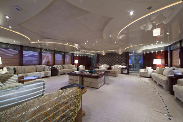 Yacht Sarah Main Salon