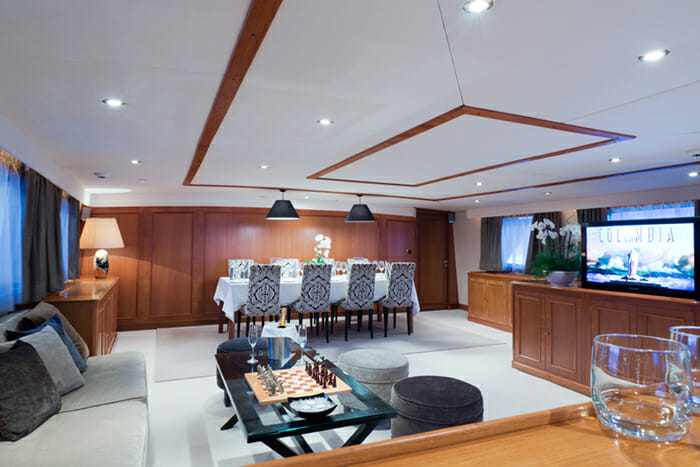 Yacht Shaha salon and dining