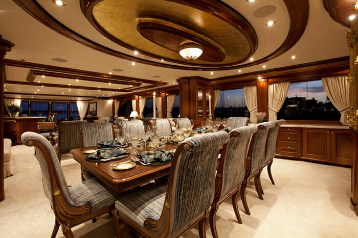 Yacht TCB Dining