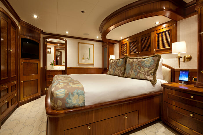 Yacht TCB Guest Cabin 1