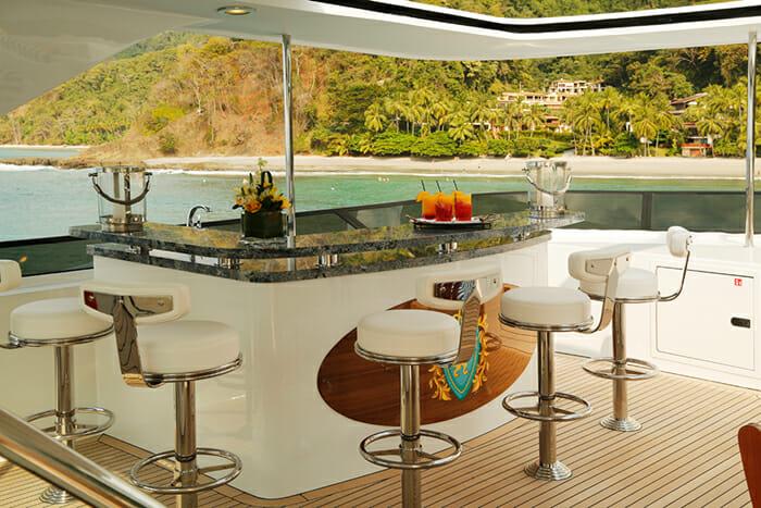 Yacht TCB Sundeck Bar