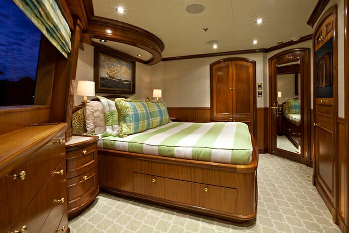 Yacht TCB VIP Cabin