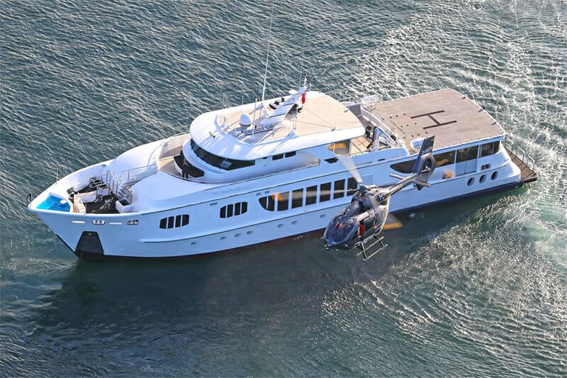 Yacht Tango with Helipad