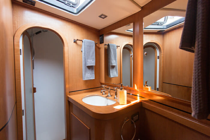 Yol Guest Bathroom