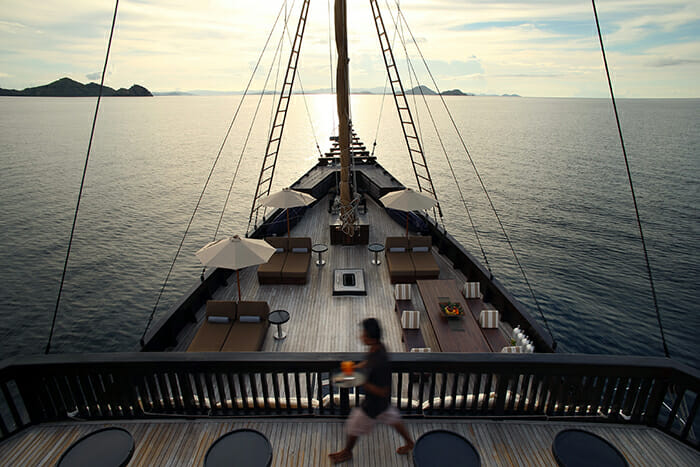 Alila Purnama deck
