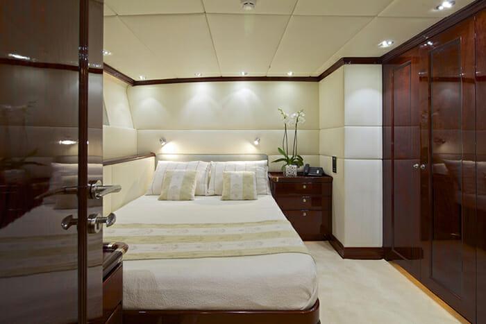 Alllure guest cabin
