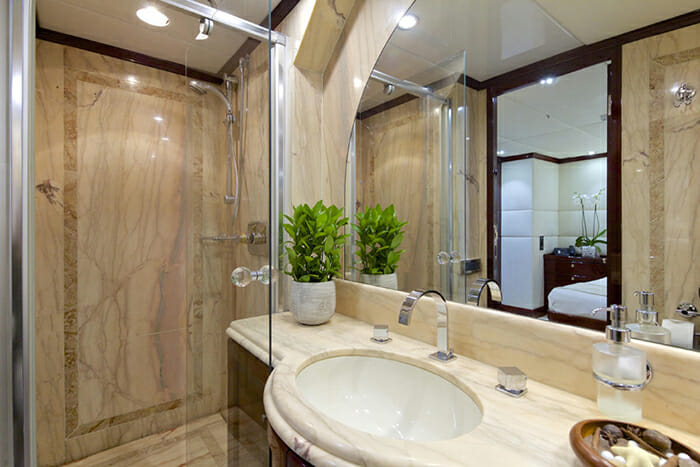 Alllure master bathroom