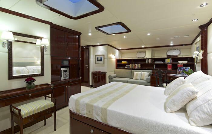 Alllure master cabin
