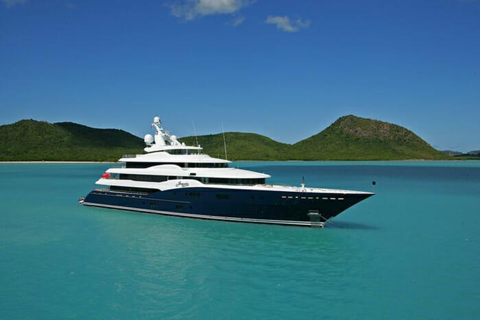 Yacht Amaryllis