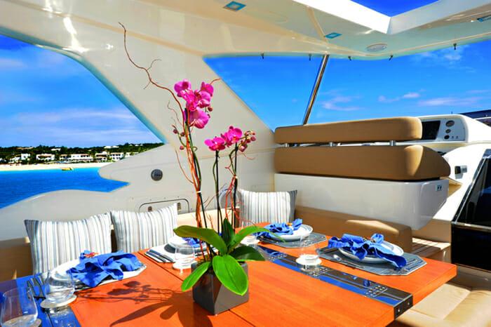 Amore Mio flybridge dining