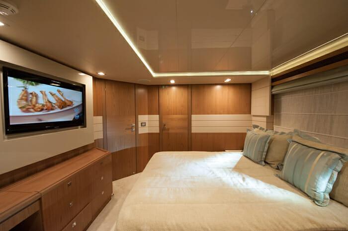 Amore Mio VIP cabin 2