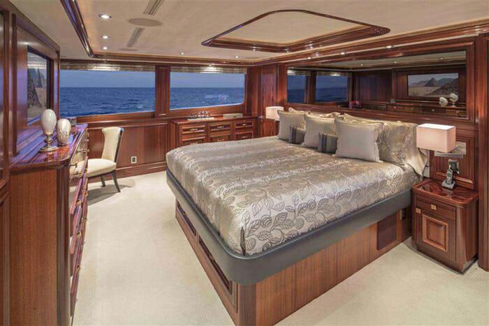 Antares master cabin
