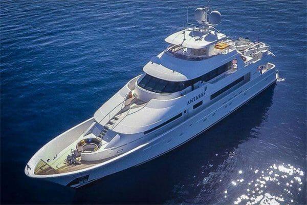 Yacht Antares