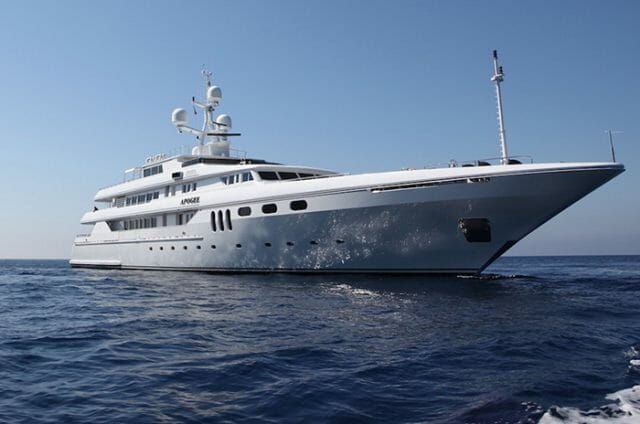Yacht Apogee
