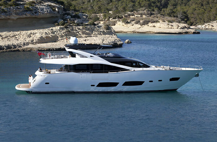 Yacht Aqua Libra