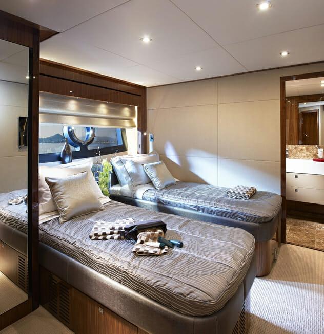 Aqua Libra twin cabin