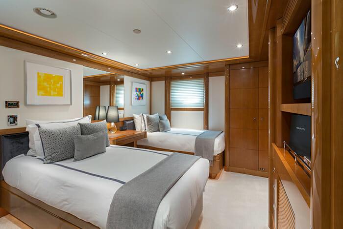 Aquavita twin cabin