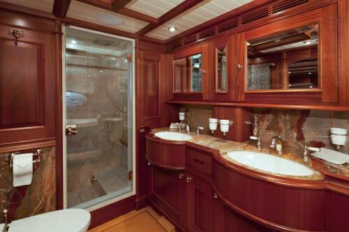 Athos master bathroom