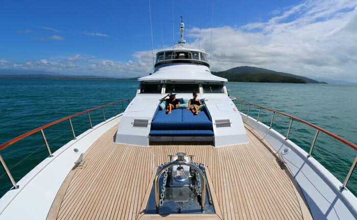 Bahama forward deck