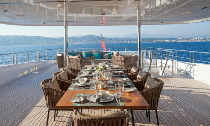 Big Sky bridge deck dining