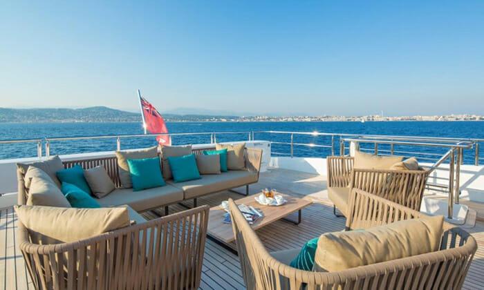Big Sky bridge deck seating