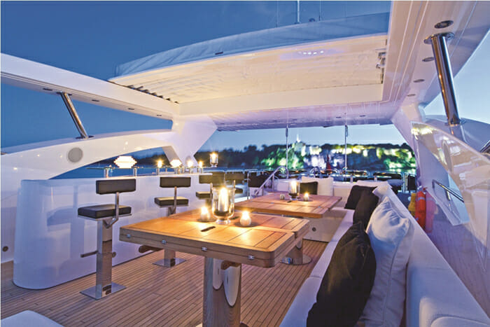 Black and White flybridge by night