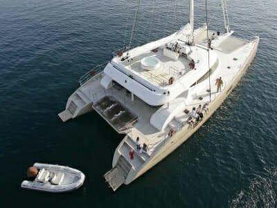 Catamaran Black Swan