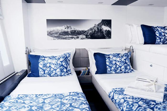Blue Deer twin cabin