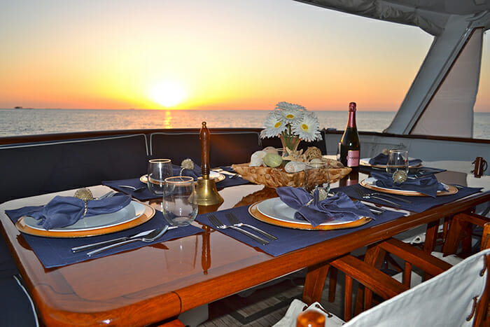 Bonaparte deck dining