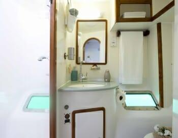 Braveheart guest bathroom