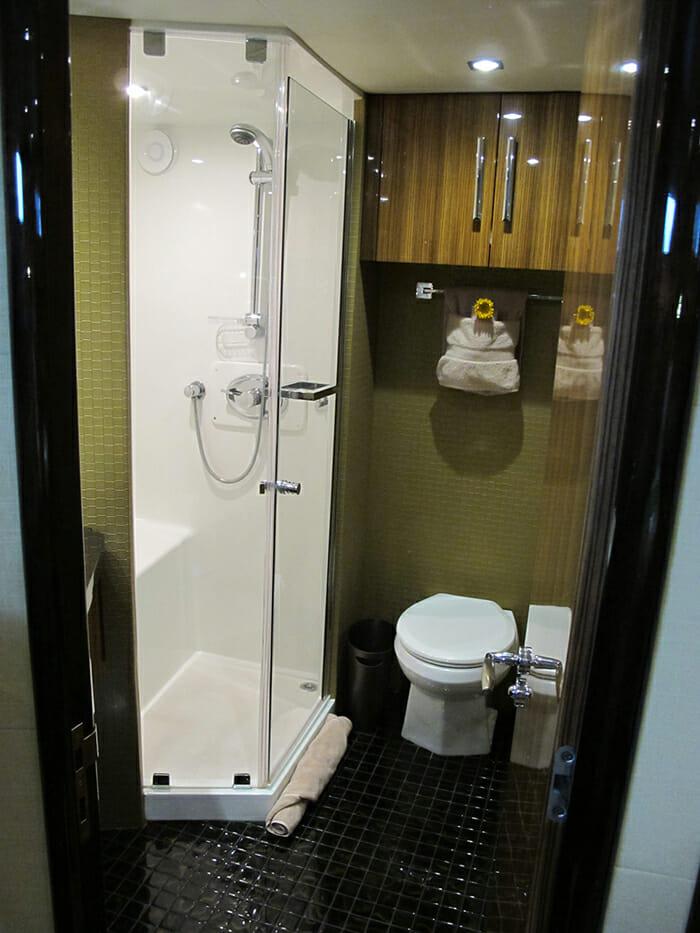 Calliope vip bathroom