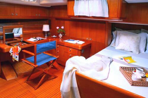 Callisto master cabin