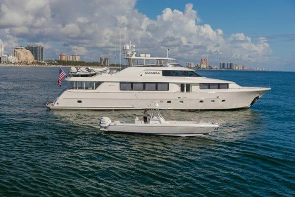 Yacht Canira