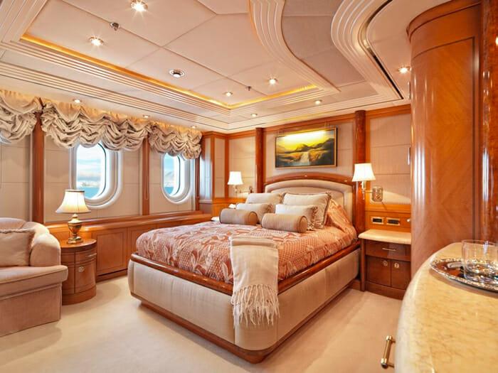 Capri I guest cabin