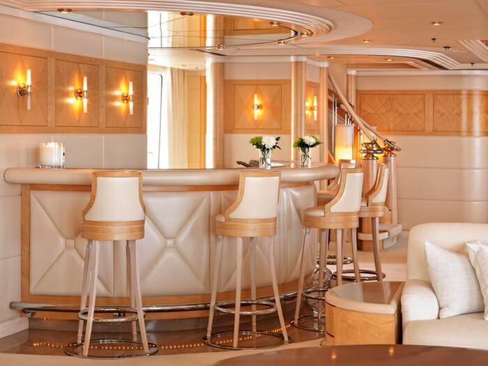 Capri I upper deck bar